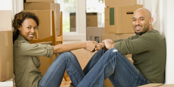 二人の関係を左右する?!同棲がうまくいくための必需品リストのイメージ画像